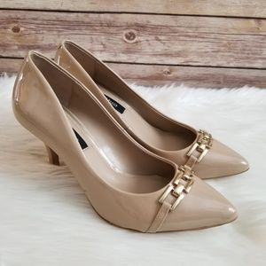 White House Black Market Nude Pointed Toe Heels